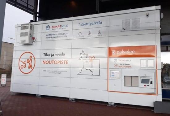 Cold chain management solution: robotic parcel machine