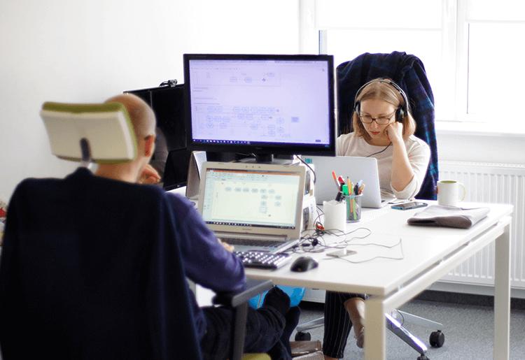 Skyrise_office_Katowice_6_desks