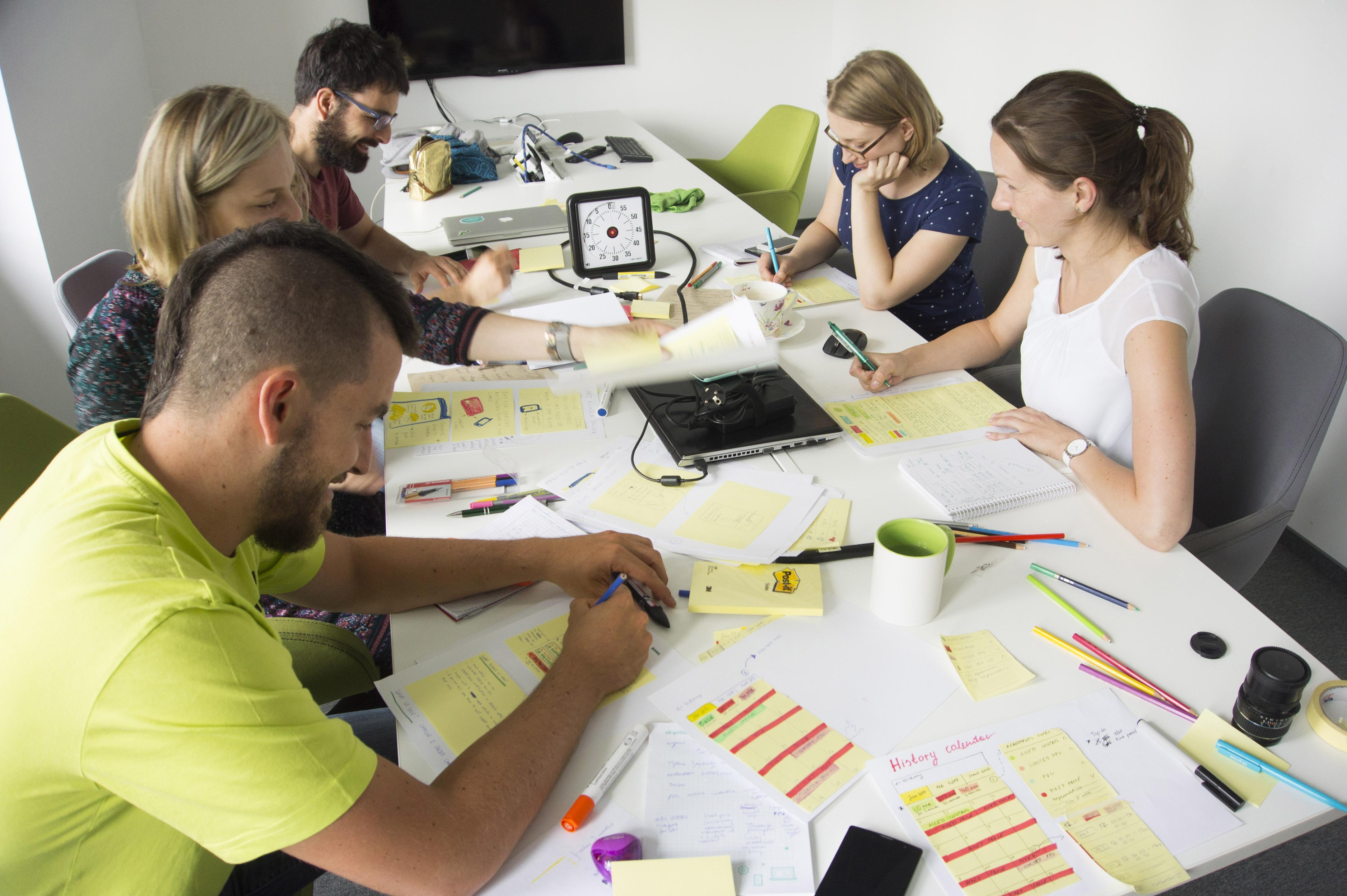 google design sprint quiet brainstorming team